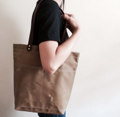Jenneng Everyday Waxed Canvas Tote Sand